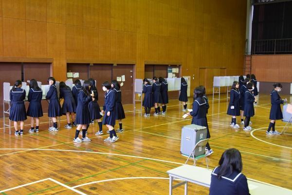 津島北高等学校模擬選挙(平成27...